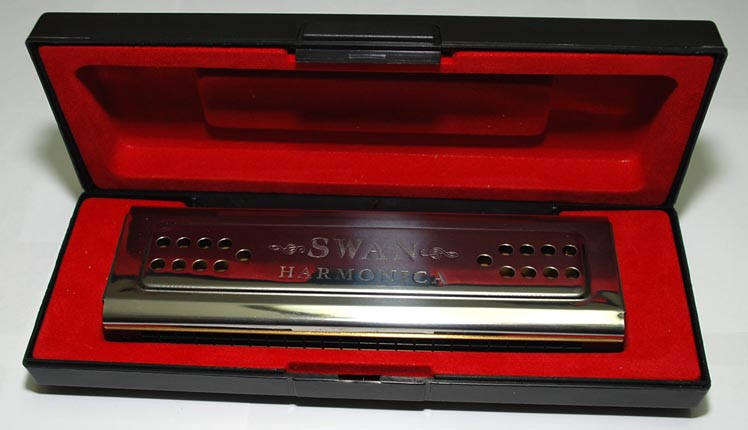 Swan 24-hole double sided Harmonica with plastic gift box